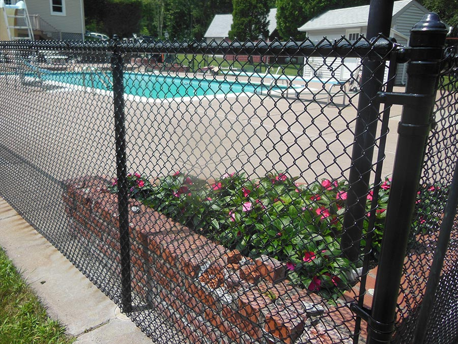 chain link fencing contractor